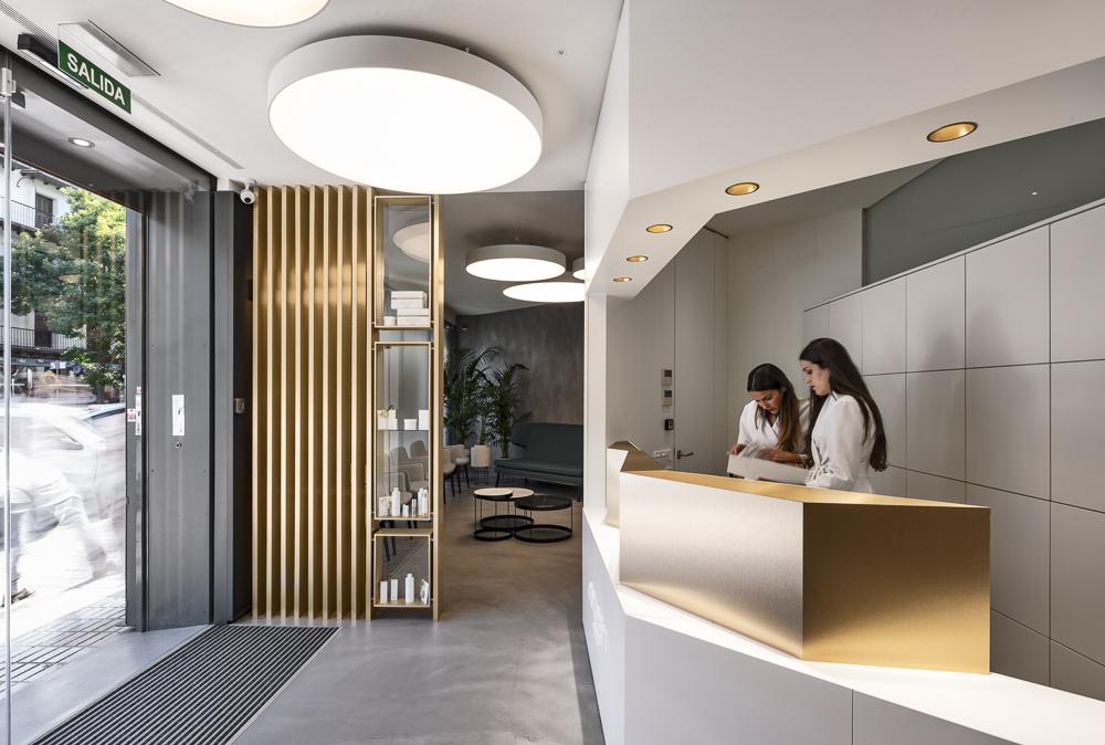 Golden Dental Clinic